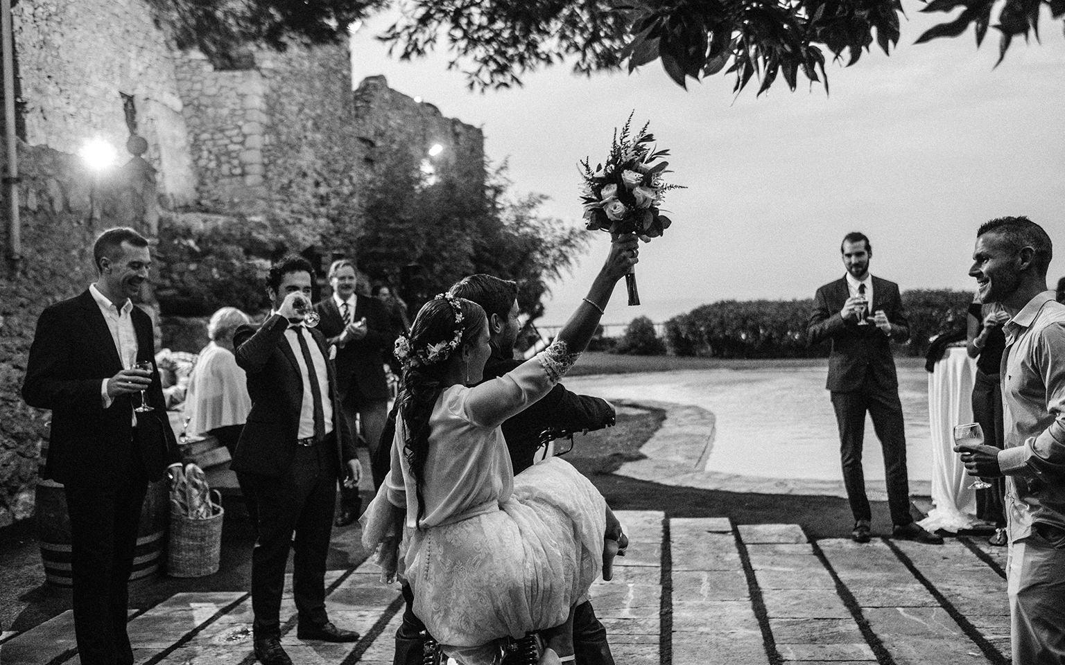 Fotógrafo de bodas Barcelona, fotografía de bodas en Girona, Tarragona, Lleida. Mejor fotógrafo de bodas en Castell de Tamarit.